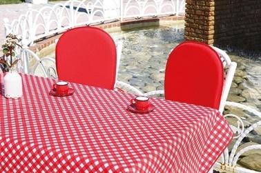 Soley Bahçe Masa Seti Kırmızı